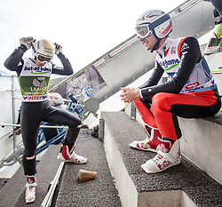 04.01.2014, Bergisel Schanze, Innsbruck, AUT, FIS Ski Sprung Weltcup, 62. Vierschanzentournee, Probesprung, im Bild Thomas Diethart (AUT) und Simon Ammann (SUI) // Thomas Diethart (AUT) speaks with Simon Ammann (SUI) during Trial Jump of 62nd Four Hills Tournament of FIS Ski Jumping World Cup at the Bergisel Schanze, Innsbruck, Austria on 2014/01/04. EXPA Pictures © 2014, PhotoCredit: EXPA/ JFK