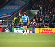 Tommaso Allan (Italy's fly half) about to take Italy's first chance at the posts during the Rugby World Cup Pool D match between France and Italy at Twickenham, Richmond, United Kingdom on 19 September 2015. Photo by Matthew Redman.