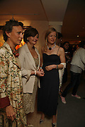 Sara Carello, Cherie Booth and Lady Helen Taylor, Gala champagne reception and dinner in aid of CLIC Sargent.  Grosvenor House Art and Antiques Fair.  Grosvenor House. Park Lane. London. 14 June 2006. ONE TIME USE ONLY - DO NOT ARCHIVE  © Copyright Photograph by Dafydd Jones 66 Stockwell Park Rd. London SW9 0DA Tel 020 7733 0108 www.dafjones.com