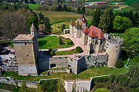 France, Saône-et-Loire (71), Couches, chateau de Couches // France, Saône-et-Loire (71), Couches castle