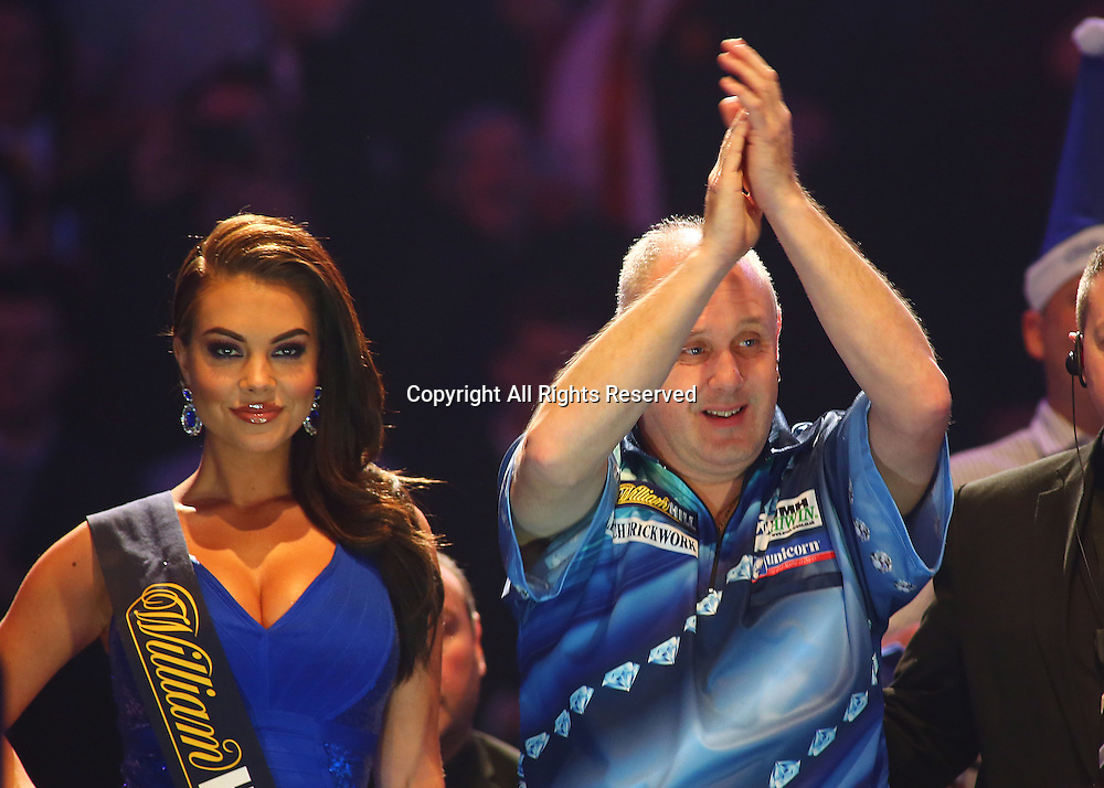 23.12.2016. Alexandra Palace, London, England. William Hill PDC World Darts Championship. Ian White applauds the crowd, as he prepares to make the walk to the Oche, for the start of his match with Jonny Clayton