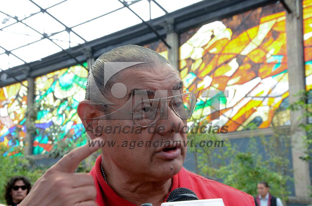 Toluca, México (Agosto 30, 2016).- Arturo Vilchis, Director de Protección Civil del Estado de México durante la Primera Sesión Extraordinaria 2016  Comisión Consultiva Nacional de Seguridad y Salud en el Trabajo, teniendo como sede de los trabajos, el Jardín Botánico Cosmovitral en la ciudad de Toluca.  Agencia MVT / José Hernández.