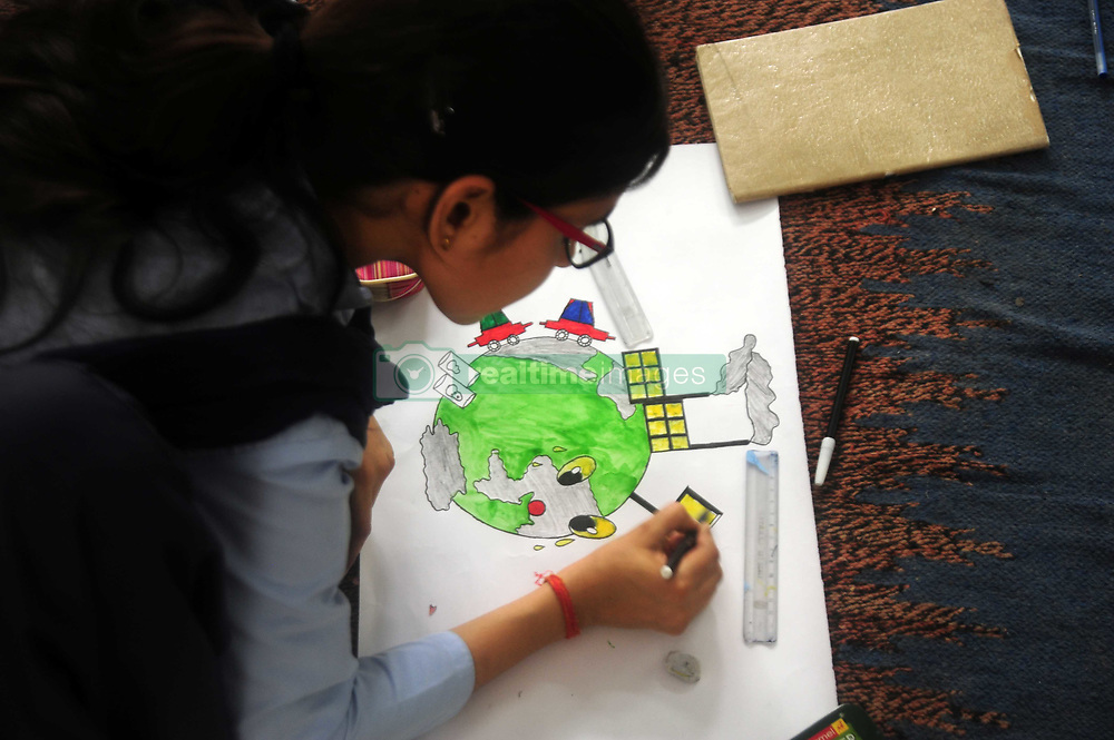 June 5, 2017 - Allahabad: Students make painting during an awareness programme on the occasion of World Envoirnment Day in Allahabad on 05-06-2017. Photo by prabhat kumar verma (Credit Image: © Prabhat Kumar Verma via ZUMA Wire)