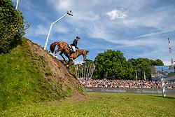 SOSATH Hendrik (GER), Lady Lordana<br /> Hamburg - 90. Deutsches Spring- und Dressur Derby 2019<br /> J.J.Darboven präsentiert: <br /> 90. Deutsches Spring-Derby<br /> Bemer Riders Tour - Wertungsprüfung 3. Etappe <br /> CSI4* - Derby Tour Springprüfung mit Stechen<br /> 02. Juni 2019<br /> © www.sportfotos-lafrentz.de/Stefan Lafrentz