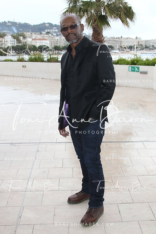 CANNES, FRANCE - APRIL 08:  Lennie James attends photocall for the TV Serie 'Low Winter Sun' at MIP TV 2013 on April 8, 2013 in Cannes, France.  (Photo by Tony Barson/Getty Images)