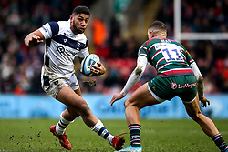 Charles Piutau of Bristol Bears takes on Jonny May of Leicester Tigers - Mandatory by-line: Robbie Stephenson/JMP - 04/01/2020 - RUGBY - Welford Road - Leicester, England - Leicester Tigers v Bristol Bears - Gallagher Premiership Rugby