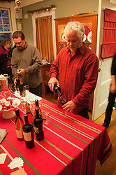 California: Napa City.  Wine pouring during B&B Holiday Tour at Inn on First.  Photo copyright Lee Foster.  Photo # canapa106961