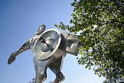 Heidelberg, S-Printing Horse, größte Pferdeskulptur der Welt, Baden-Württemberg, Deutschland.| .Heidelberg, modern sculpture S-Printing Horse, Baden-Wurttemberg, Germany.