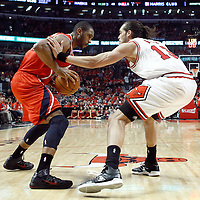 10 May 2011: Chicago Bulls center Joakim Noah (13) defends on Atlanta Hawks center Al Horford (15) during the Chicago Bulls 95-83 victory over the Atlanta Hawks, during game 5 of the Eastern Conference semi finals at the United Center, Chicago, Illinois, USA.