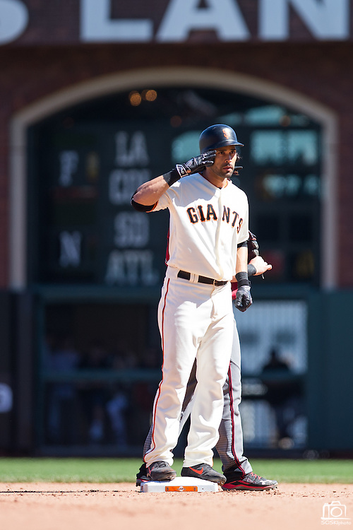 San Francisco Giants left fielder Angel Pagan (16) salutes the crowd after hitting a double against the Arizona Diamondbacks at AT&T Park in San Francisco, Calif., on August 31, 2016. (Stan Olszewski/Special to S.F. Examiner)