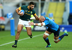 November 19, 2016 - Rome, Italy - Damian de Allende (S) and Sergio Parisse (I)  during the international match between Italy v South Africa at Stadio Olimpico on November 19, 2016 in Rome, Italy. (Credit Image: © Matteo Ciambelli/NurPhoto via ZUMA Press)