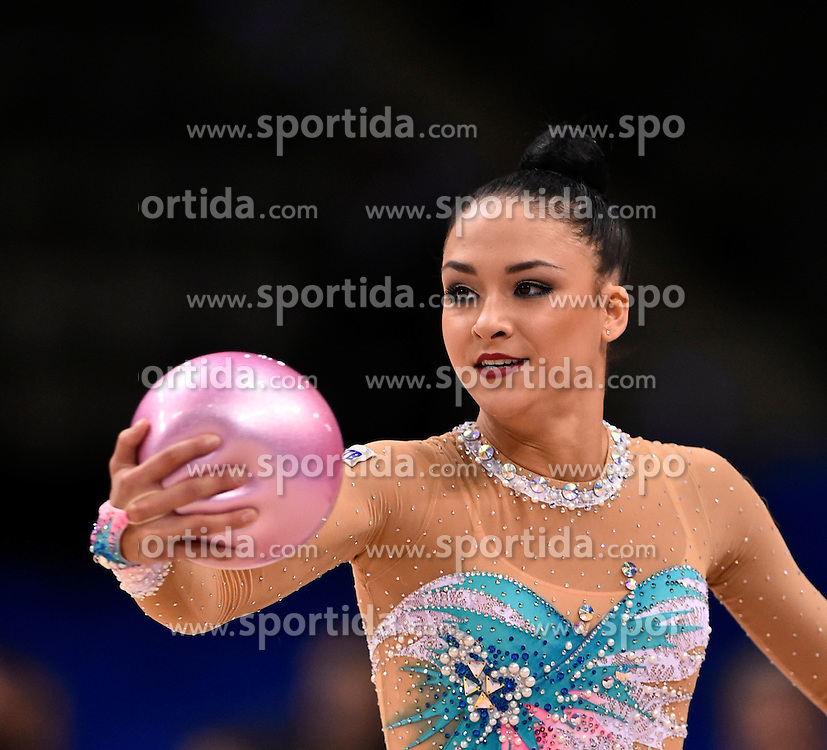 07.09.2015, Porsche Arena, Stuttgart, GER, Gymnastik WM, im Bild Jana Berezko-Marggrander (GER) Ball // during the World Rhythmic Gymnastics Championships at the Porsche Arena in Stuttgart, Germany on 2015/09/07. EXPA Pictures &copy; 2015, PhotoCredit: EXPA/ Eibner-Pressefoto/ Weber<br /> <br /> *****ATTENTION - OUT of GER*****