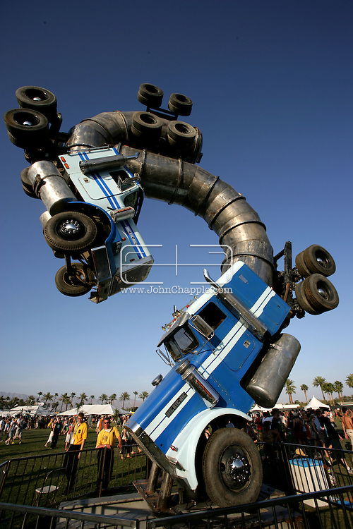 26th April 2008, Coachella, California. The Coachella Music festival. PHOTO © JOHN CHAPPLE / REBEL IMAGES
