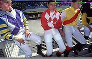 Los jinetes son indispensables para la realización de las carreras de caballos. La Rinconada, 2000.  The jockeys are indispensable for the races of horses. La Rinconada, 2000. (Ramón Lepage/Orinoquiaphoto)