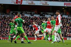 Arsenal look dangerous with a corner kick - Mandatory byline: Jason Brown/JMP - 07966386802 - 09/01/2016 - FOOTBALL - Emirates Stadium - London, England - Arsenal v Sunderland - The Emirates FA Cup