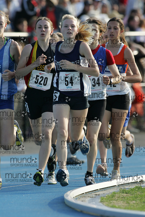Victoria Samyn competing in the 1500m qualifying rounds at the 2007 OFSAA Ontario High School Track and Field Championships in Ottawa.