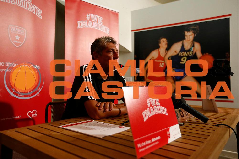 DESCRIZIONE : Varese Lega A 2013-14 Raduno e Allenamento Cimberio Varese<br /> GIOCATORE : Fabrizio Frates<br /> CATEGORIA : Ritratto<br /> SQUADRA : Cimberio Varese<br /> EVENTO : Campionato Lega A 2013-2014<br /> GARA : Raduno e Allenamento Cimberio Varese<br /> DATA : 19/08/2013<br /> SPORT : Pallacanestro <br /> AUTORE : Agenzia Ciamillo-Castoria/G.Cottini<br /> Galleria : Lega Basket A 2012-2013  <br /> Fotonotizia : Varese Lega A 2013-14 Raduno e Allenamento Cimberio Varese<br /> Predefinita :