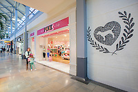 Interior retail image of the Victoria Secret Pink Store at Whitemarsh Mall in Baltimore by Jeffrey Sauers of Commercial Photographics In Washington DC, Virginia to Florida and PA to New England