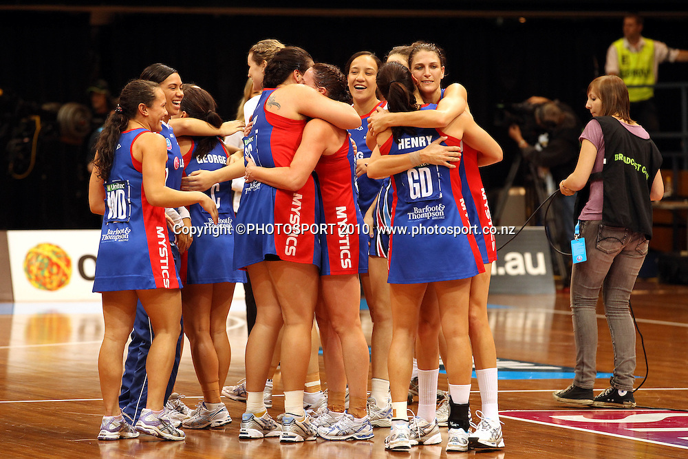 Mystics celebrate<br /> ANZ Semi Final - NSW Swifts v Northern Mystics, 8 May 2011. Photo: Paul Seiser/PHOTOSPORT
