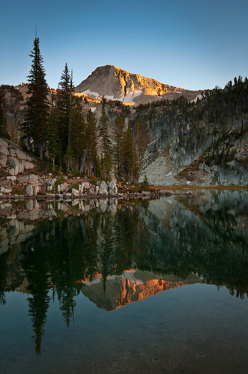Eagle Cap mountain and Mirror Lake at sunset; Lakes Basin, Eagle Cap Wilderness, Wallowa Mountains, Oregon.