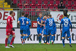 20.02.2016, Fritz-Walter-Stadion, Kaiserslautern, GER, 2. FBL, 1. FC Kaiserslautern vs 1. FC Heidenheim, 22. Runde, im Bild Robert Leipertz (1.FC Heidenheim 1846) bejubelt seinen Treffer zum 2:2 mit seinen Mannschaftskollegen // during the 2nd German Bundesliga 22nd round match between 1. FC Kaiserslautern vs 1. FC Heidenheim at the Fritz-Walter-Stadion in Kaiserslautern, Germany on 2016/02/20. EXPA Pictures © 2016, PhotoCredit: EXPA/ Eibner-Pressefoto/ Neis<br /> <br /> *****ATTENTION - OUT of GER*****