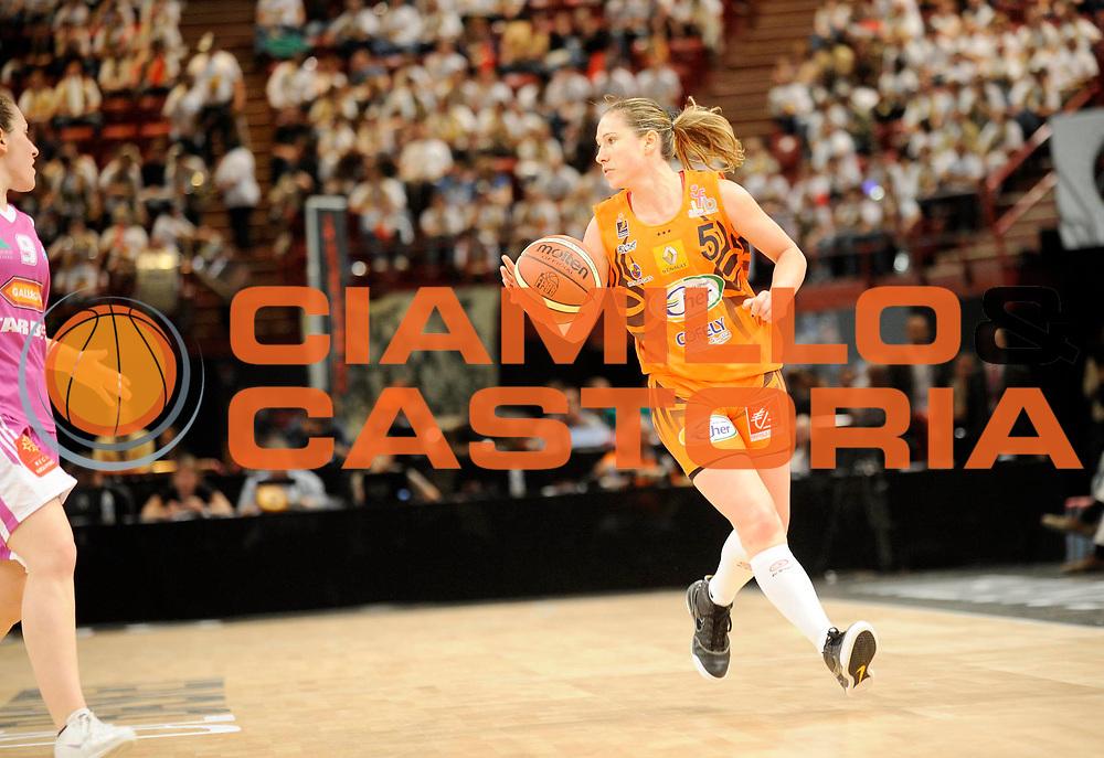 DESCRIZIONE : Coupe de France Finale Femme Bourges Tarbes<br /> GIOCATORE : Manic Katarina<br /> SQUADRA : Bourges<br /> EVENTO : FRANCE Coupe de France 2009-2010<br /> GARA : Bourges Tarbes<br /> DATA : 16/05/2010<br /> CATEGORIA : Basketball Finale Femme Coupe de France<br /> SPORT : Basketball<br /> AUTORE : JF Molliere par Agenzia Ciamillo-Castoria <br /> Galleria : France Coupe de France 2009-2010 <br /> Fotonotizia : Coupe de France Paris Bercy 2009-2010 Finale Femme Bourges Tarbes <br /> Predefinita :