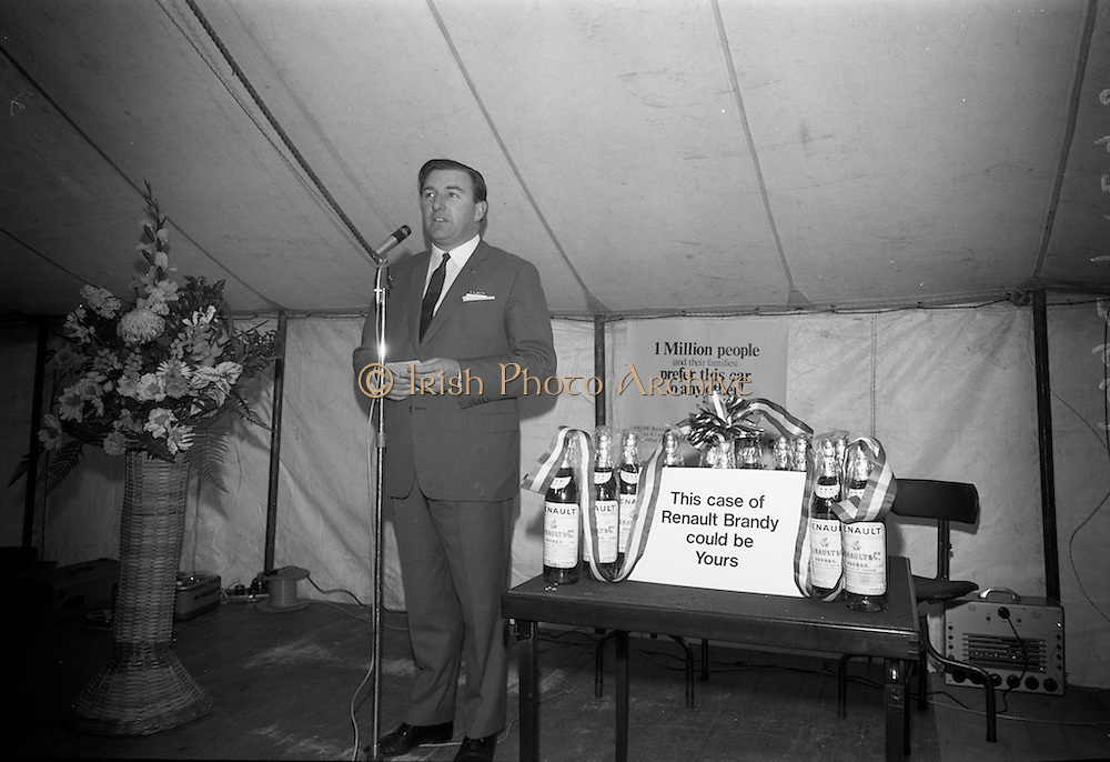 17/3/1966<br /> 3/17/1966<br /> 17 March 1966<br /> <br /> Mr. Con Smith Speaking to the Dealers at the Renault Meeting