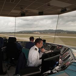 Reportage photo sur la Base Aérienne 701 Salon de Provence auprès de la Patrouille de France, de l'Equipe de Voltige de l'Armée de l'Air et de l'Escadron des Services de la Circulation Aérienne.<br /> 17 et 18 octobre 2012