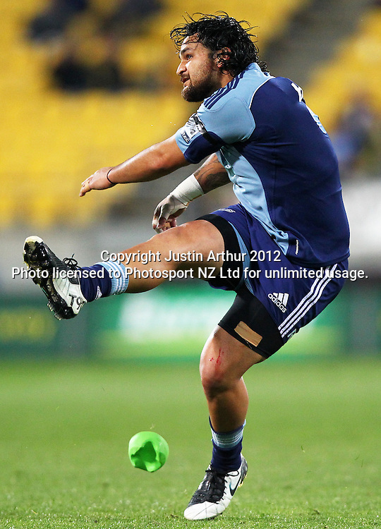 Blues' Piri Weepu  in action during the 2012 Super Rugby season, Hurricanes v Blues at Westpac Stadium, Wellington, New Zealand on Friday 4 May 2012. Photo: Justin Arthur / photosport.co.nz