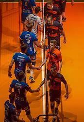 17-04-2016 NED: Play off finale Abiant Lycurgus - Seesing Personeel Orion, Groningen<br /> Abiant Lycurgus is door het oog van de naald gekropen tijdens het eerste finaleduel om het landskampioenschap. De Groningers keken in een volgepakt MartiniPlaza tegen een 0-2 achterstand aan tegen Seesing Personeel Orion, maar mede dankzij invaller Gino Naarden kwam Lycurgus langszij en pakte het de wedstrijd met 3-2 / Chris Both #10 of Lycurgus, Pim Kamps #7 of Orion, Rob Jorna #10 of Orion