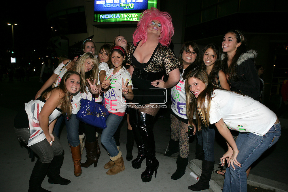 5th December 2007, Los Angeles, California. The Spice Girls preform at the Staples Center in Downtown Los Angeles, which is part of 'The Return Of The Spice Girls' world tour. Pictured are fans outside the venue before the show with drag Queen, Brandin Nicole Smith, 18.PHOTO © JOHN CHAPPLE / REBEL IMAGES.john@chapple.biz   www.chapple.biz
