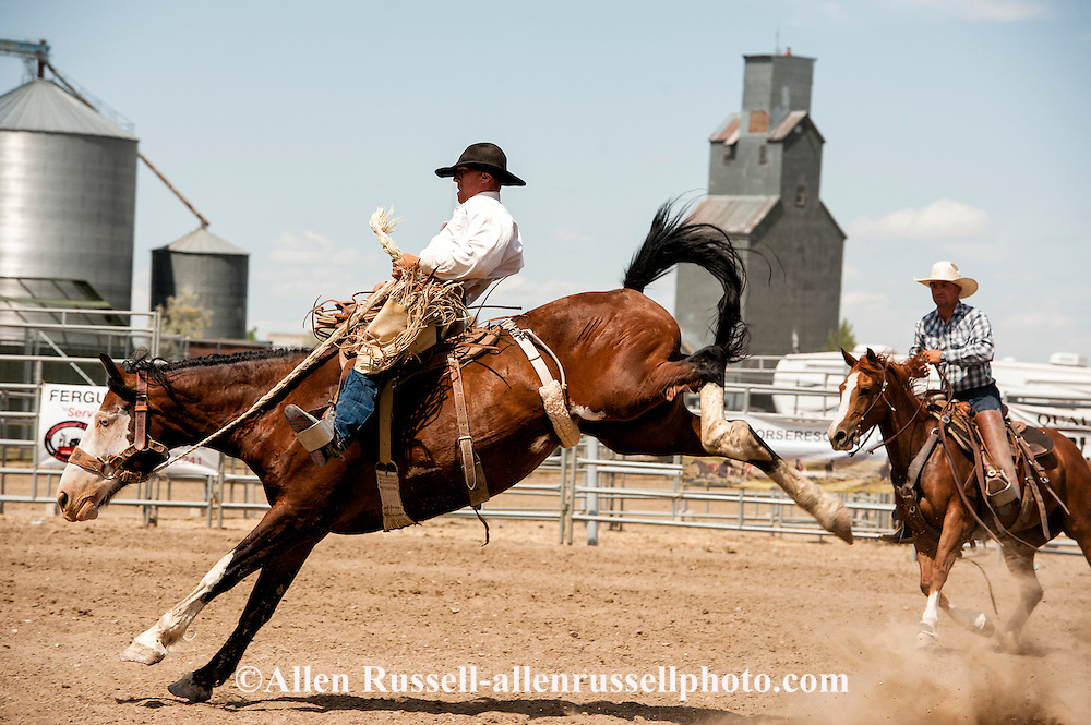 Will James Roundup, Ranch Rodeo, Ranch Bronc Riding, Mike Keyser, Hardin, Montana.