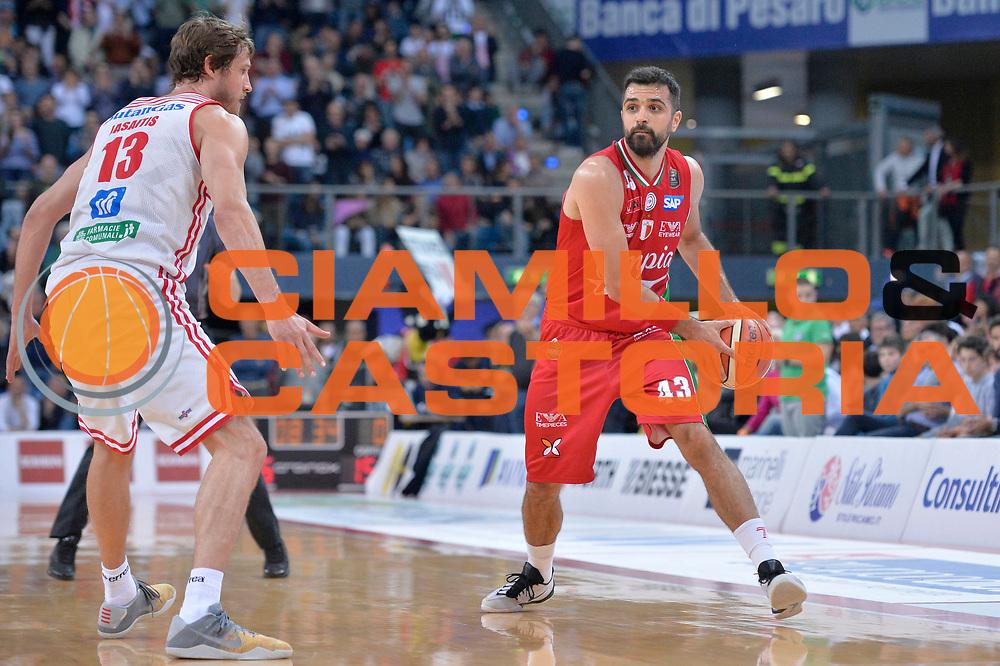 Krunoslav Simon<br /> Consultinvest Victoria Libertas Pesaro - EA7 Emporio Armani Olimpia MIlano<br /> Lega Basket Serie A 2016/2017<br /> Pesaro, 30/04/2017<br /> Foto M.Ceretti / Ciamillo - Castoria