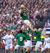 Twickenham Great Britain.  Irelands' Peter O'MAHONY, catches, and distributes  the line out ball during the  2014 RBS Six Nations Rugby; England vs Ireland. Saturday  22/02/2014  [Mandatory Credit; Peter Spurrier/Intersport-images]