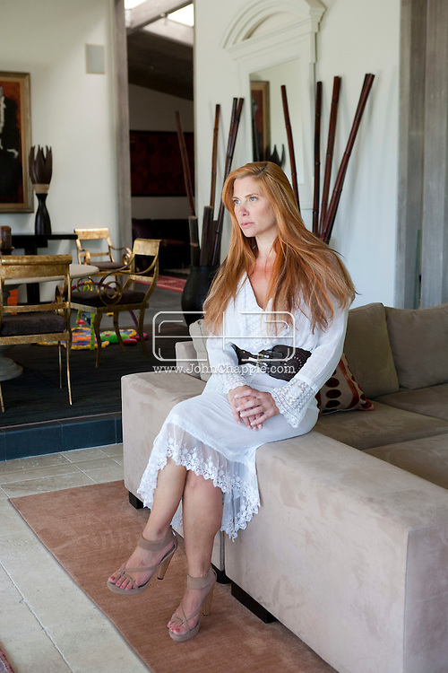 15th August 2011. Los Angeles, California. Socialite Taylor Stein pictured in her Los Angeles home.  PHOTO © JOHN CHAPPLE / www.chapple.biz