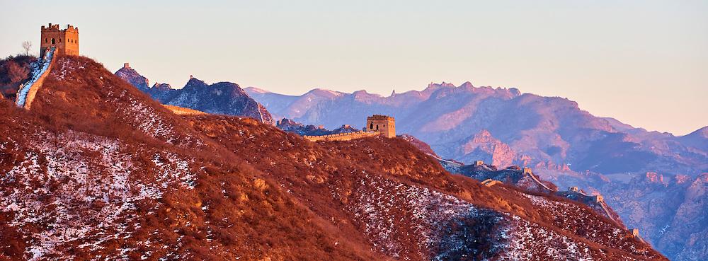 Chine, province de Hebei, la grande muraille de Chine entre Jinshanling et Simatai construite en 1570 sous la dynastie Ming, classée Patrimoine Mondial de l'UNESCO // China, Hebei province, Great Wall of China, Jinshanling and Simatai section, Unesco World Heritage