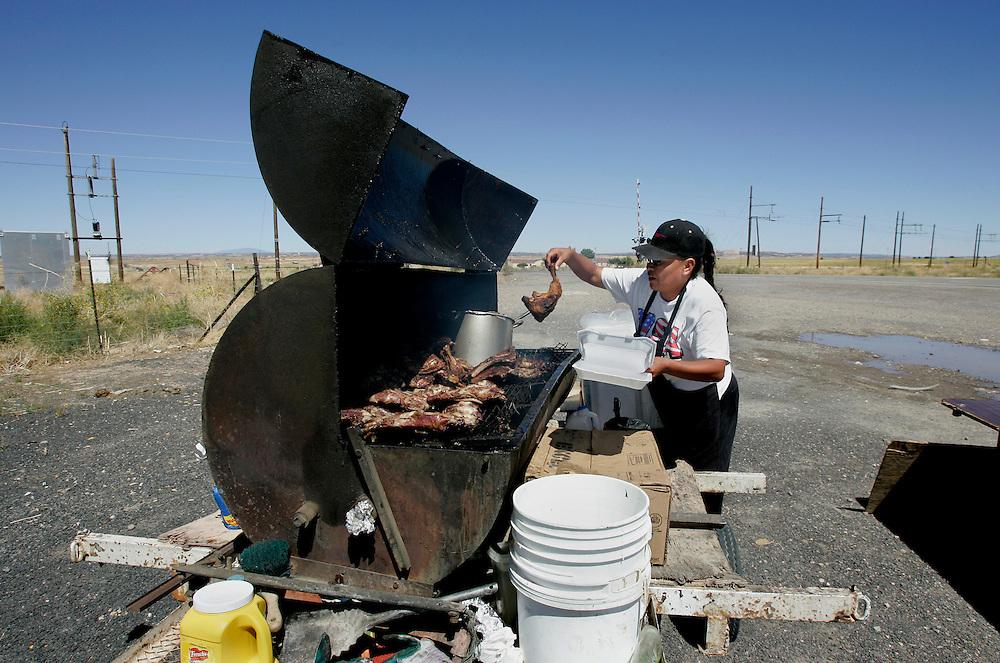 US-ARIZONA: Barbeque at a crossing in arisona. PHOTO GERRIT DE HEUS