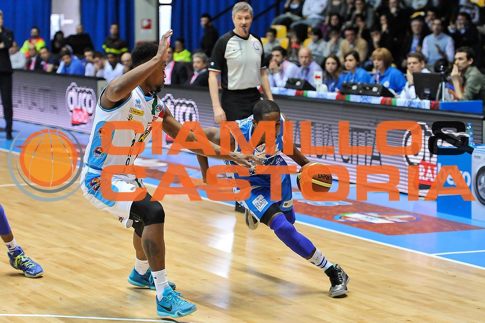 DESCRIZIONE : Final Eight Coppa Italia 2015 Desio Quarti di Finale Dinamo Banco di Sardegna Sassari - Vanoli Cremona<br /> GIOCATORE : Jerome Dyson<br /> CATEGORIA : Palleggio Penetrazione<br /> SQUADRA : Dinamo Banco di Sardegna Sassari<br /> EVENTO : Final Eight Coppa Italia 2015 Desio<br /> GARA : Dinamo Banco di Sardegna Sassari - Vanoli Cremona<br /> DATA : 20/02/2015<br /> SPORT : Pallacanestro <br /> AUTORE : Agenzia Ciamillo-Castoria/L.Canu