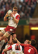 Cardiff, WALES.  Biarritz's,  Imanol Harinordoquy, collects the line out ball, during the  2006 Heineken Cup Final,  Millennium Stadium,  between Biarritz Olympique and Munster,  20.05.2006. © Peter Spurrier/Intersport-images.com,  / Mobile +44 [0] 7973 819 551 / email images@intersport-images.com.   [Mandatory Credit, Peter Spurier/ Intersport Images].14.05.2006   [Mandatory Credit, Peter Spurier/ Intersport Images].