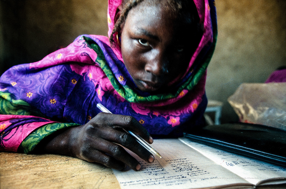 In traditional societies where the woman is assigned a role that is linked to the home, always under the auspices of the father or husband, schooling for girls is not seen as a priority. In order to promote schooling for girls among parents, the study programme at these schools includes health and hygiene skills that benefit their families. Moulio, Chad.