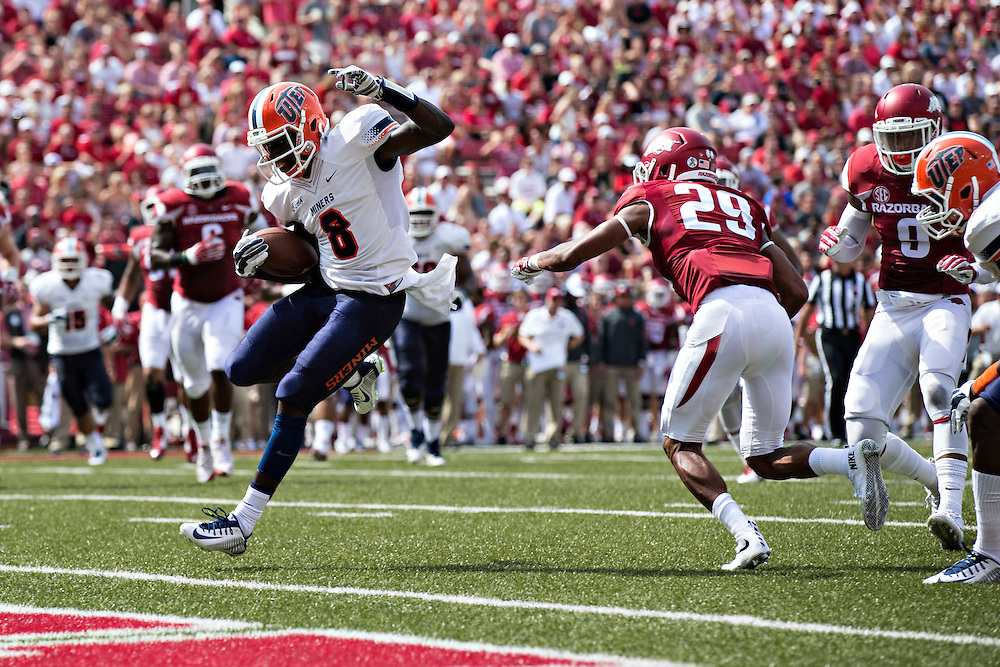 FAYETTEVILLE, AR - SEPTEMBER 5:  Autrey Golden #8 of the UTEP Miners runs the ball in for a touchdown during a game against the Arkansas Razorbacks at Razorback Stadium on September 5, 2015 in Fayetteville, Arkansas.  The Razorbacks defeated the Miners 48-13.  (Photo by Wesley Hitt/Getty Images) *** Local Caption *** Autrey Golden