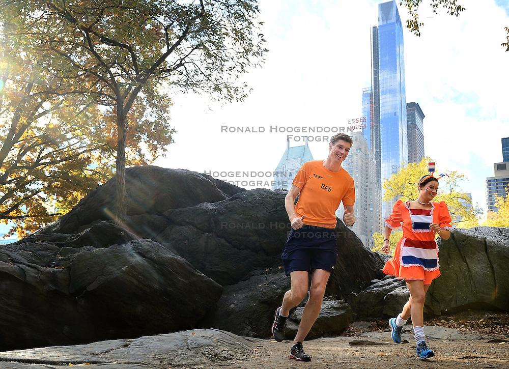 02-11-2013 ALGEMEEN: BVDGF NY MARATHON: NEW YORK <br /> Voorbereiding NY marathon 2013 in het Central Park / Jessie en Bas<br /> ©2013-WWW.FOTOHOOGENDOORN.NL