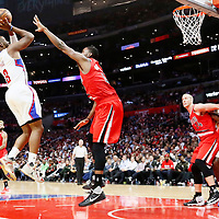 09 November 2016: Los Angeles Clippers guard Chris Paul (3) takes a jump shot over Portland Trail Blazers forward Maurice Harkless (4) during the LA Clippers 111-80 victory over the Portland Trail Blazers, at the Staples Center, Los Angeles, California, USA.