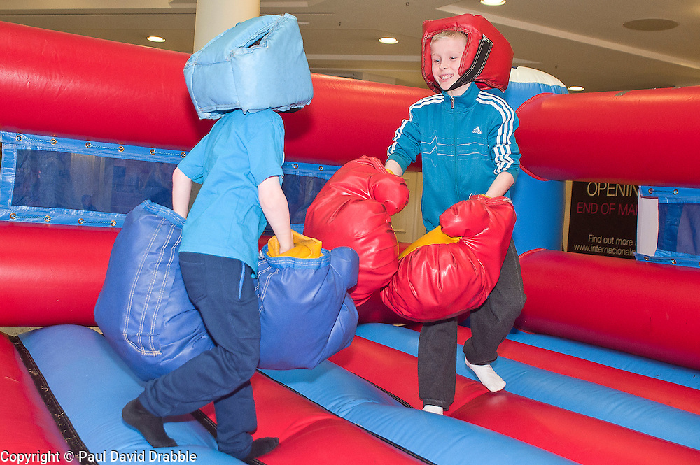 "Owen Taylor and Nathan Taylor at the launch of the ""Winning The Fight For Breath  with COPD Campaign"" in Meadowhall Shopping Centre Sheffield on Saturday 18th February 2012..www.pauldaviddrabble.co.uk..18th February 2012 -  Image © Paul David Drabble"