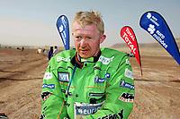Motor<br /> Dakar 2007<br /> Foto: Dppi/Digitalsport<br /> NORWAY ONLY<br /> <br /> MOTORSPORT - DAKAR 2007 - STAGE 8 - ATAR . TICHIT 14/01/2007 <br /> <br /> MOTO - PÅL ANDERS ULLEVÅLSETER (NOR) / KTM SCANDINAVIA - AMBIANCE - PORTRAIT<br /> <br /> EPUISEMENT EXHAUSTED