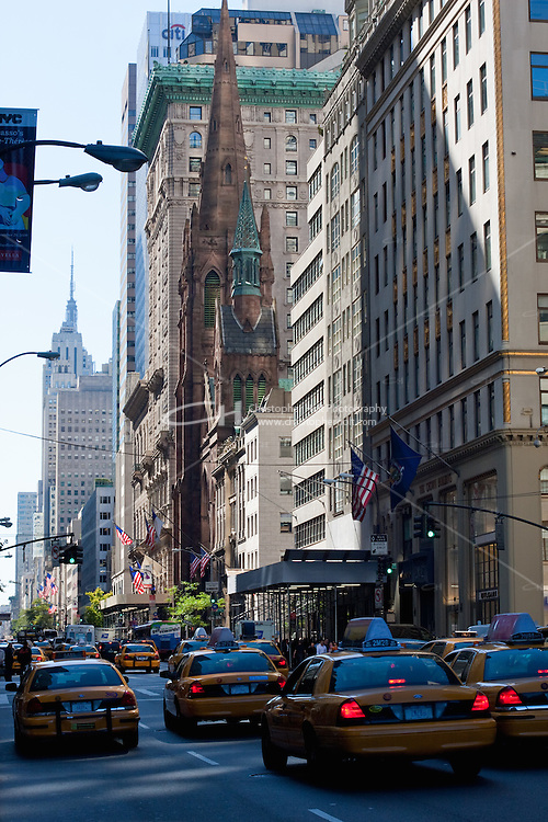 5th Avenue scene in New York in October 2008