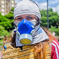 Retrato de un guerrera anónimo en la avenida Francisco de Miranda. Caracas. Venezuela. Portrait of an anonymous warrior on the Francisco de Miranda avenue.