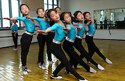 Synchronised Ballet!.Kangan Primary school in Sonkyo District, Pyongyang.(C)Jeremy Horner.15 Mar 2004Pyongyang, North Korea, DPRK