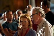 Roma 9 Agosto  2011.Il set del  film The Bob Decameron di Woody Allen, a Piazza della Repubblica.Woody Allen sul set del film con la sorella, la produttrice Letty Aronson