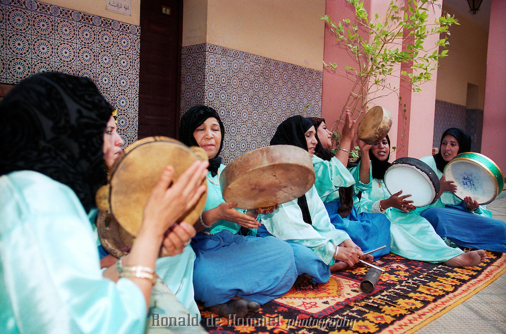 La Roudaniat. A group of female musicians from the south of Morocco